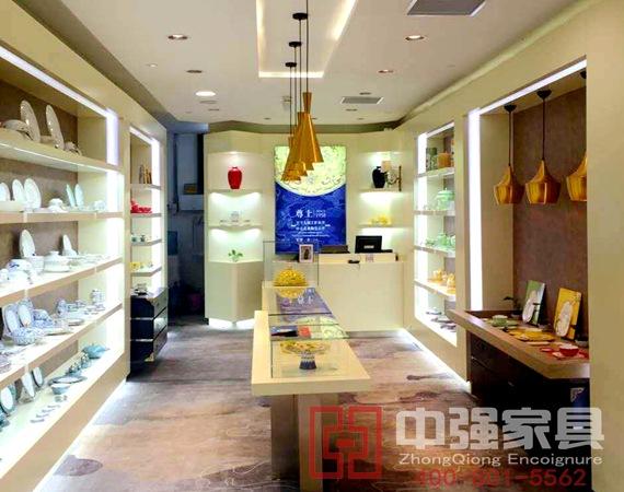 南京徳基广场尊上陶瓷展柜设计制作