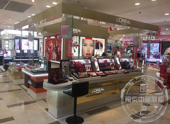 巴黎欧莱雅LOREAL PARIS化妆品展柜